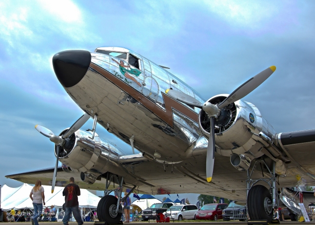 A Shiny DC-3