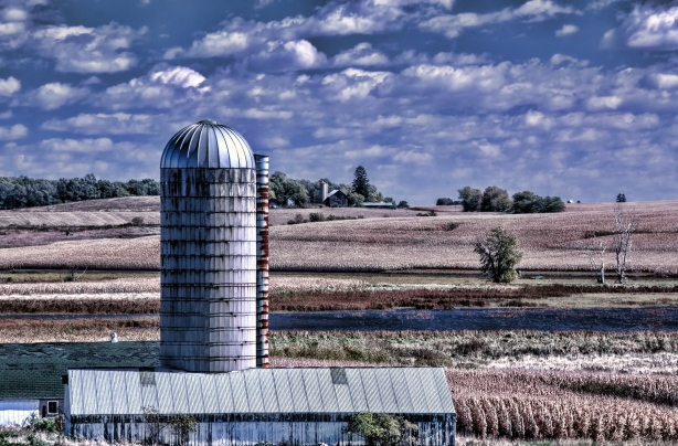 Goose Pond - October 08, 2014 - 0267 (Silo)
